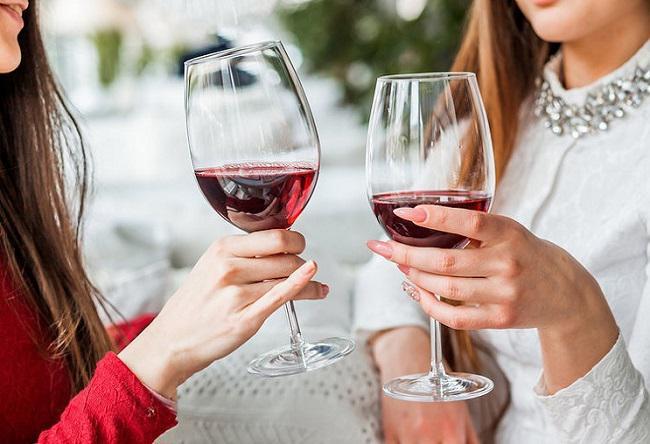 9 Lợi ích rượu vang đối với sức khoẻ phụ nữ
