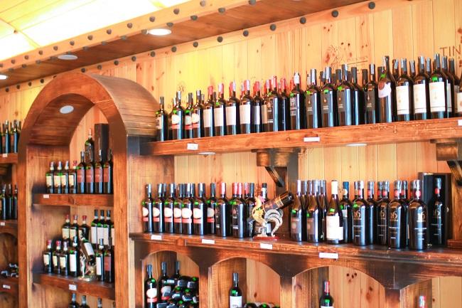 Hầm rượu Vương Anh – Địa chỉ số 1 tại Nghệ An về đồ uống nhập khẩu cao cấp